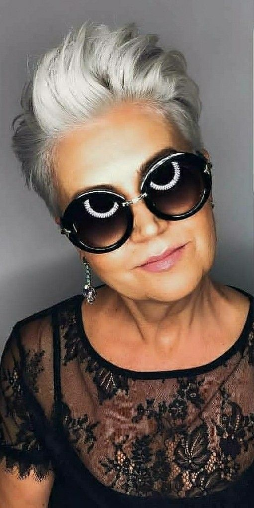 The most beautiful thick hairstyle for women over 60 3