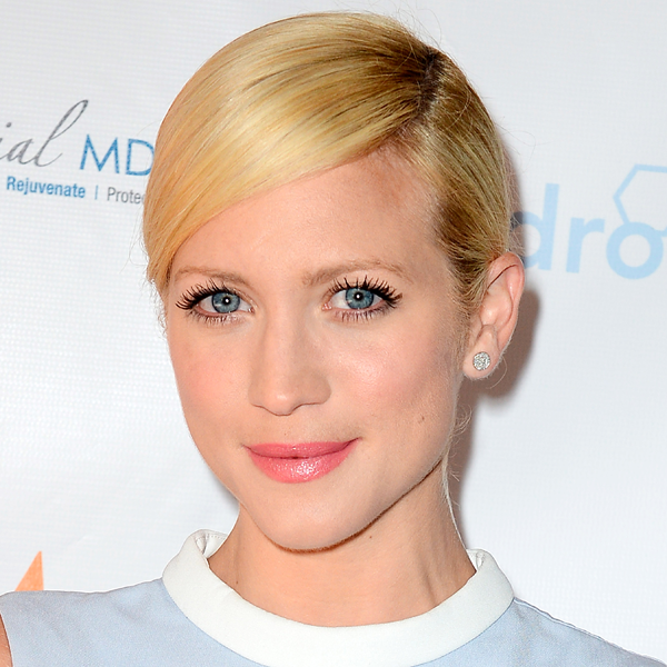Best Short Blonde Hairstyles for Women Brittany-Snow-Short-Blonde-Hairstyles