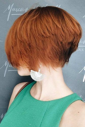 Jaw Length Stacked Bob Hairstyle 2