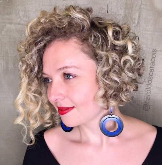 20 Stunning Short Angled Bob Hairstyles for Older Women (Updated 2021) Angled-curly-bob