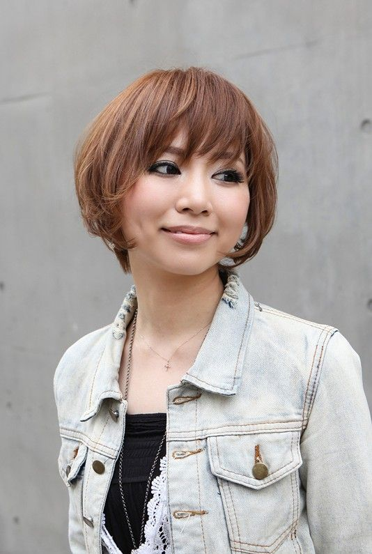 20 Stunning Short Angled Bob Hairstyles for Older Women (Updated 2021) Asian-angled-bob