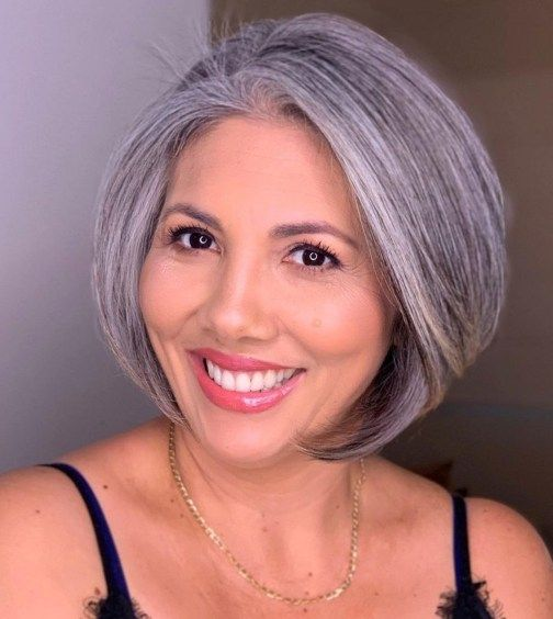 20 Stunning Short Angled Bob Hairstyles for Older Women (Updated 2021) Chin-length-angled-bob
