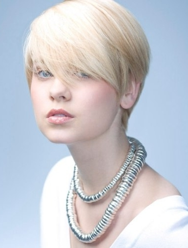 Elegant Hairstyles for Short Hair