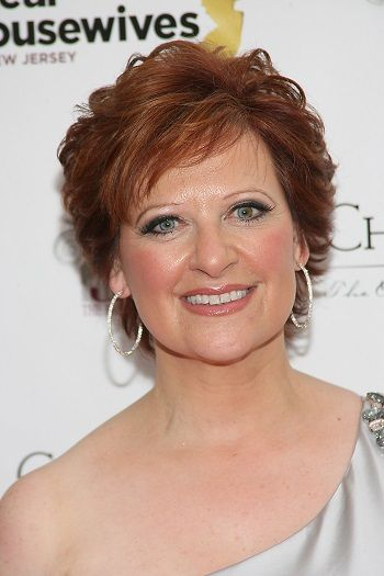 Beautiful and Cute Short Layered Haircuts for Women Over 50 4