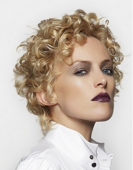 Spiral perm hairstyles for women 7