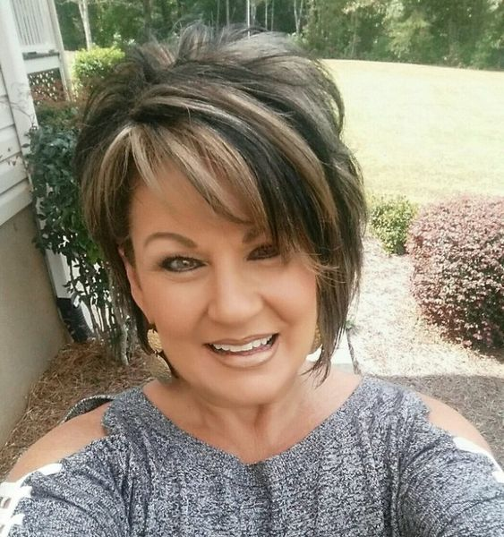 Gorgeous Shag Haircuts for Women Over 50 9