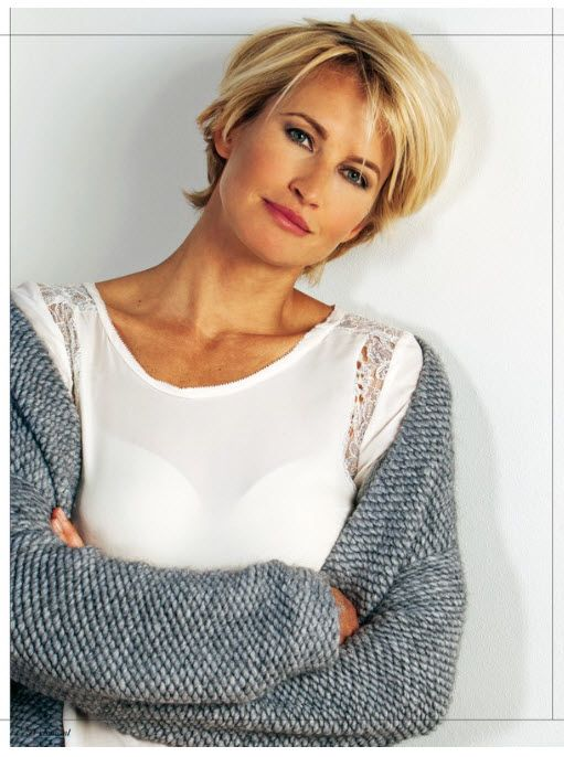 Beautiful and Cute Short Layered Haircuts for Women Over 50 7