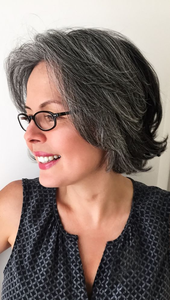 22 Short Shaggy Hairstyles for Women Over 50 (Updated 2018) 2ccbcd1e3142e45c04ac8daa22936739
