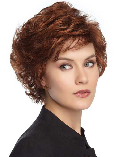 Perfect short shag haircut style for women over 50 7