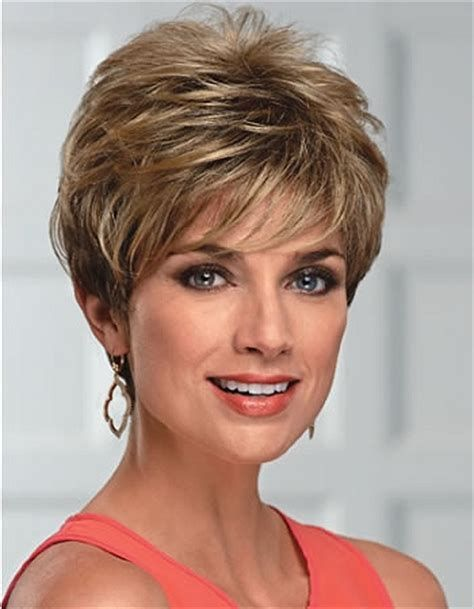 Perfect short shag haircut style for women over 50 2