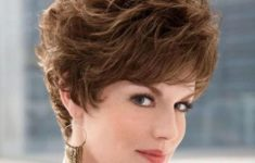22 Short Shaggy Hairstyles for Women Over 50 (Updated 2018) c78daf95454b78f394b92a6ccc7304e7-235x150