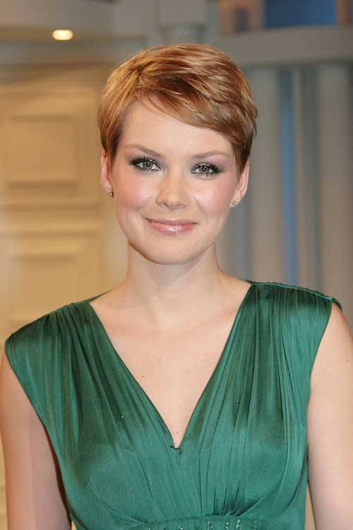 2014 Short Hairstyles for Round Faces Short-pixie-hairstyles-for-round-faces