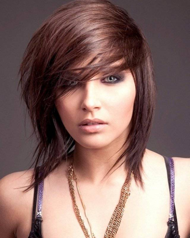 2015 Short Layered Hairstyles for Women Short-Choppy-Layered-Hairstyles-with-Bangs