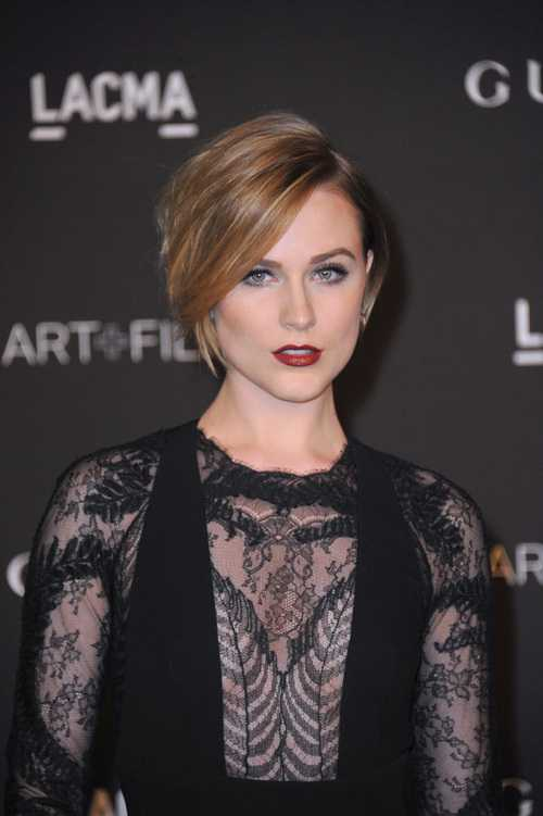 New Short Straight Hairstyles for 2015 New-Short-Straight-Hairstyles-for-2015