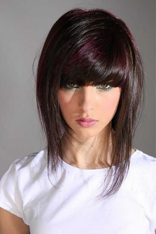 short layered straight hairstyles with bangs