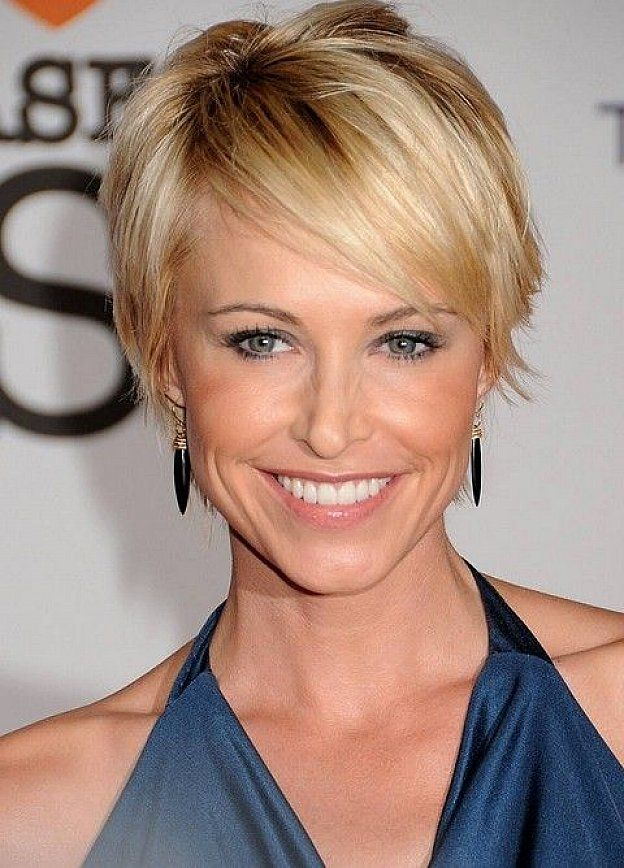 Short Hairstyles for Thin Hair 2015 Short-hairstyles-with-side-bangs-for-thin-hair