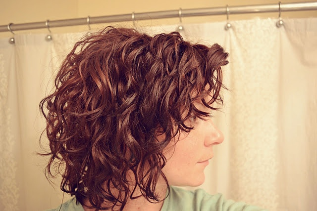 Short Hairstyles for Thin Hair 2015 short-curly-hairstyles-for-thin-hair