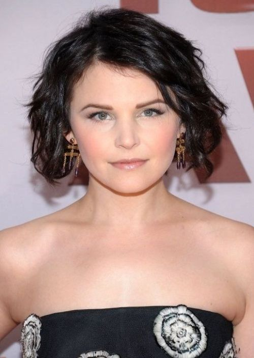 Best Short Hairstyles for Round Faces 2015 short-hairstyles-for-round-faces-wavy-hair