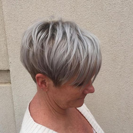 Gray wedge haircuts for older women 2