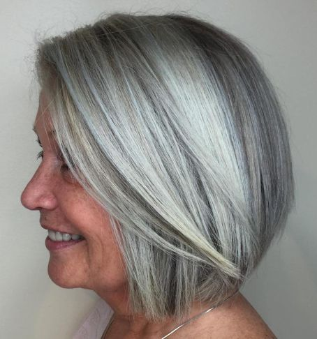 Gorgeous gray bob hairstyles that perfect for older women 11
