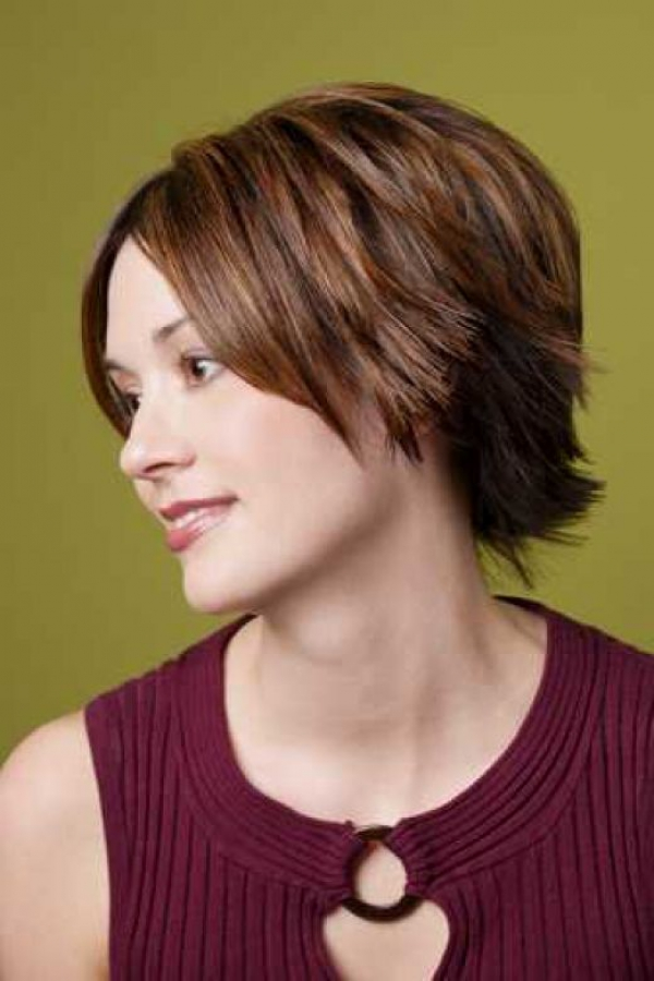 2015 Short Layered Hairstyles for Women