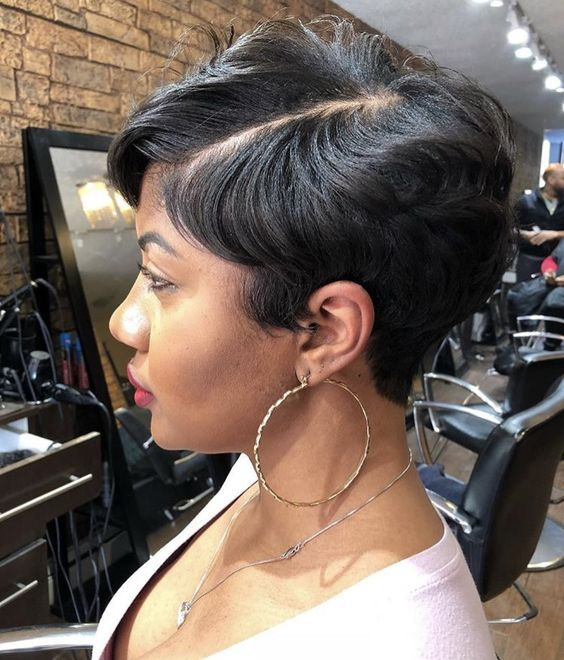 Short Straight Hairstyle for Black Women 5 10623c953709e77bfd0733f101fc51c7