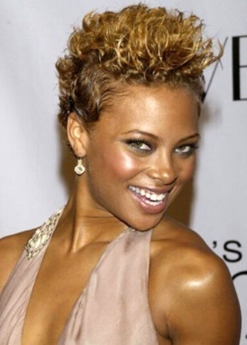 Curly Spike Hairstyle for African American Women 11