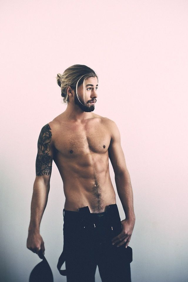 Man Buns Hairstyles With Beards 2015 man_bun_with_beards5_short-haircutstyles.com_