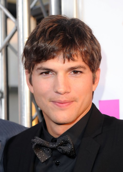 Ashton Kutcher Hairstyles ashton-kutcher-hairstyle-in-killers