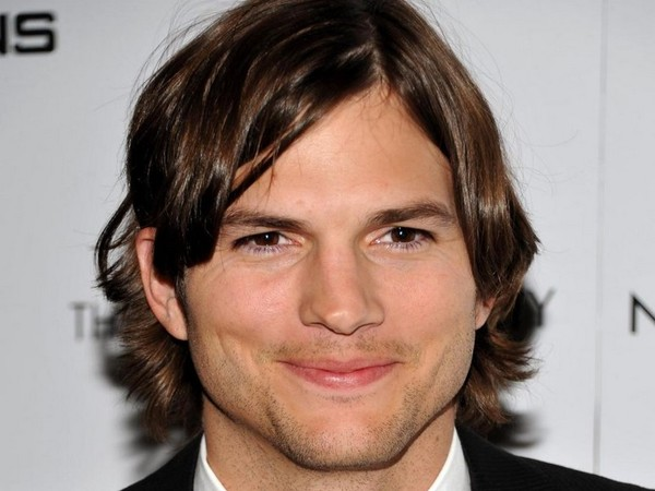 Ashton Kutcher Hairstyles ashton-kutcher-hairstyles-short