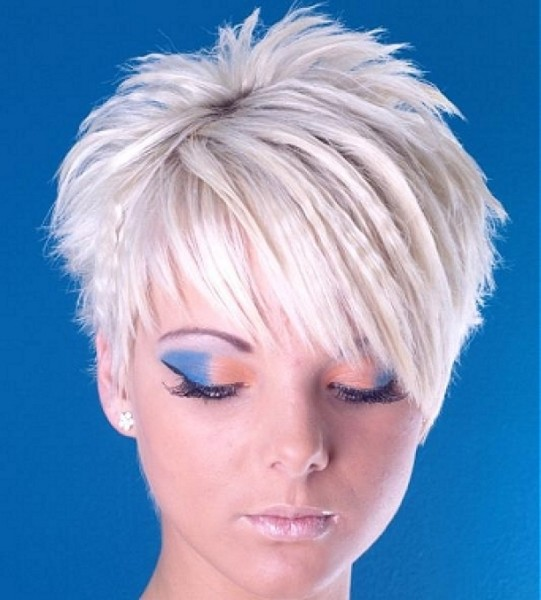 short spiky hairstyles with long bangs