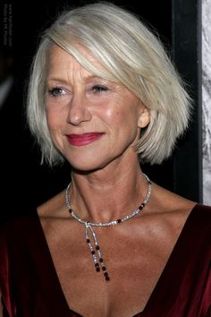 Short Hairstyles for Women Over 60 with Glasses chin-length-bob-women-over-60-2