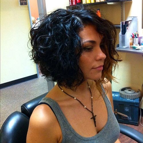 Stunning Short Layered Bob Hairstyles inverted-bob-hair-styles-6-1