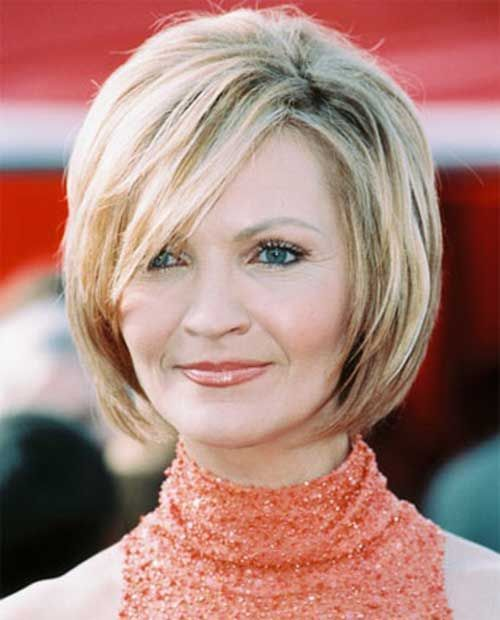 Choosing Appropriate Layered Bob for Older Women short-hair-styles-layered-bob-older-women-9