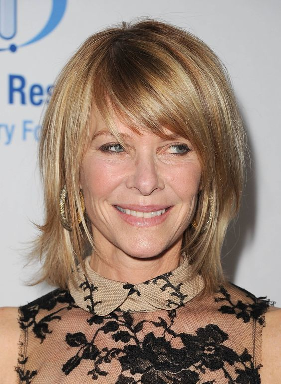 Great Choices of Shag Haircuts for Women Over 60 chin-length-shag-over-60-hair-style-ideas-1