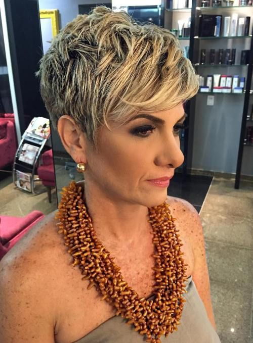 Trendy soft wavy pixie haircuts for older women 5 50789a06ddbd69358d7d1cfbe8ead433