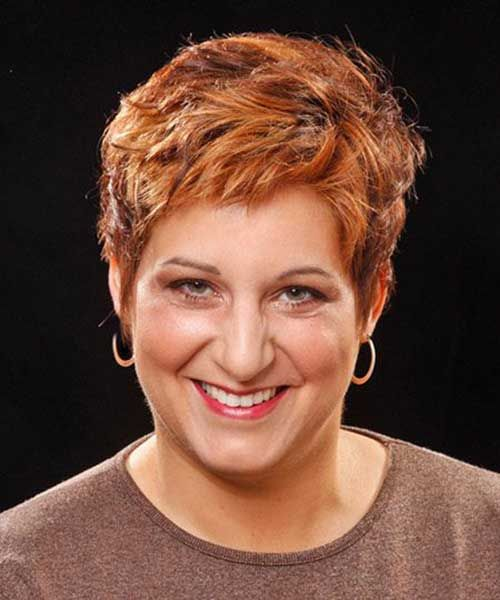 Trendy soft wavy pixie haircuts for older women 6