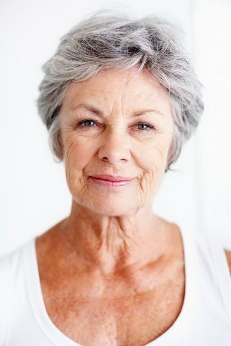 Trendy soft wavy pixie haircuts for older women 7