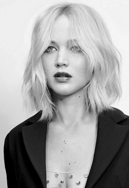 Unique and Stunning Chin Length Bob Hairstyle Bob_lower_waves_5