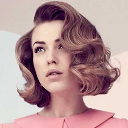 Great Tips for Awesome Women with Short Hair Oval Face Classic_one_1