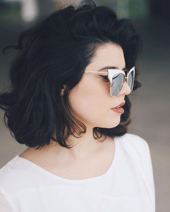 Short Black Hair That is Very Enchanting! Curling_short_black_hair_3-1