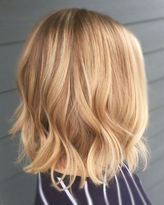 Short Blonde Hair Styles and Care Honey_blonde_waves_3