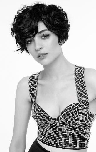 Short Haircuts for Curly Hair that You Should Check! Pixie_Cut_3-1