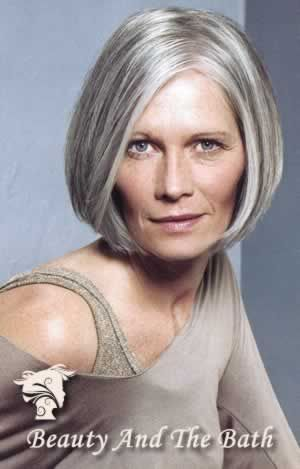 Classy Short Hairstyles for Older Women bouncy_bob_older_women_50yo_5