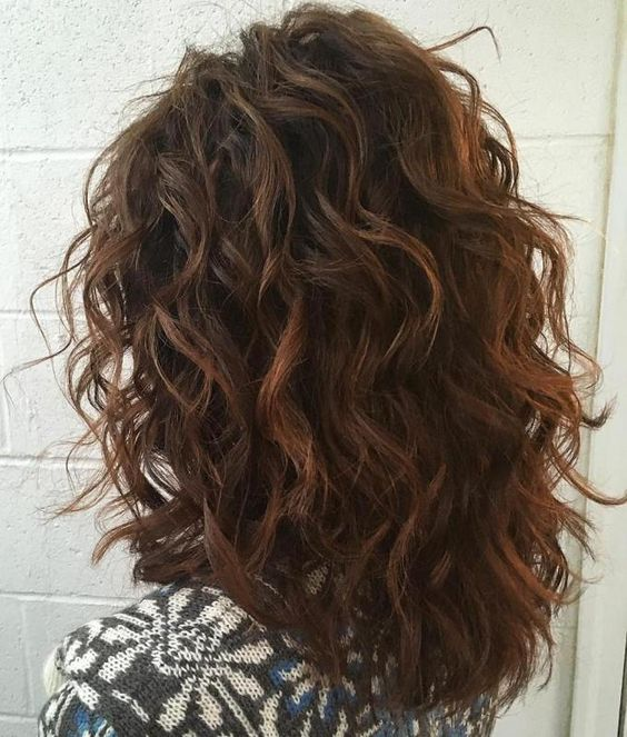 Short Hair With Layers To Increase The Beauty Of Yours curly_short_hair_layers_1