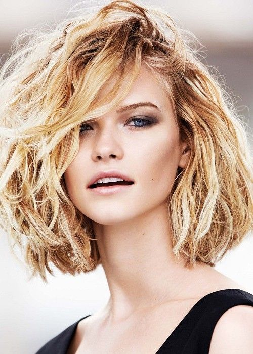 Trendy Inverted Bob Hairstyles messy_curly_bob_4