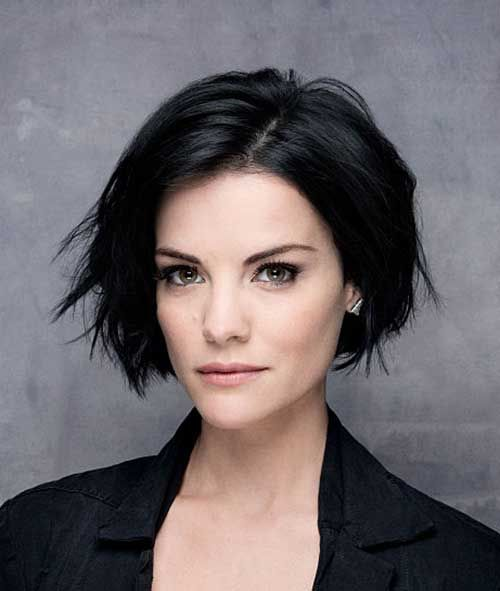 Short Black Hair That is Very Enchanting! short_black_hairstyles_women_4-1