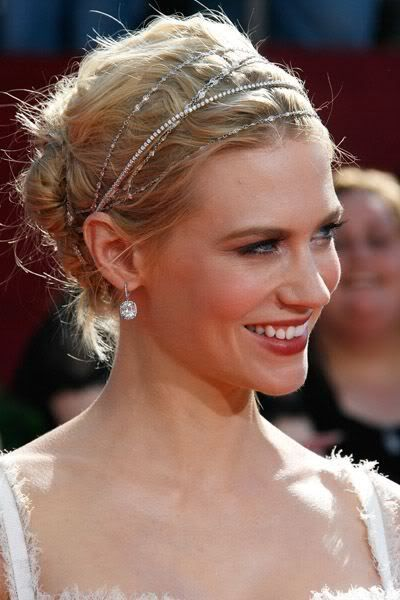 Updos For Short Hair That Will Increase The Beauty Values of Yours updos_short_hair_multi_headband_1