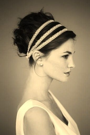 Updos For Short Hair That Will Increase The Beauty Values of Yours updos_short_hair_multi_headband_4