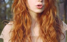 The Best Hairstyles for Your Curly hair Best_Curly_Hairstyles_Long_6-235x150